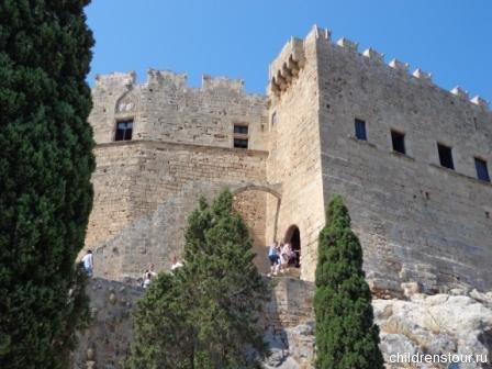 Крепость в городе Линдос