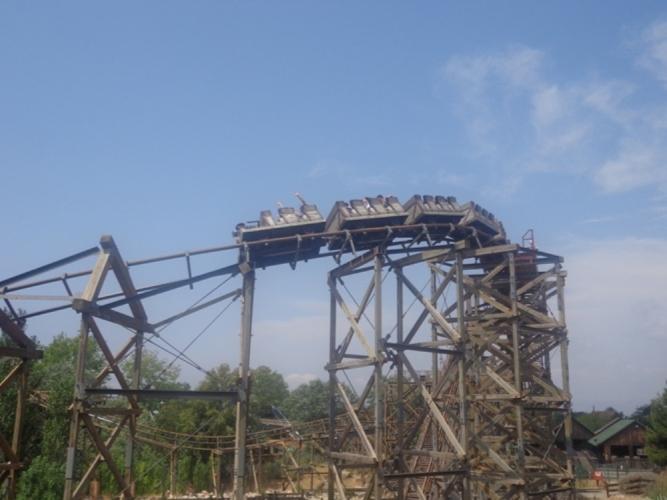 Деревянные горки Порт Авентуры