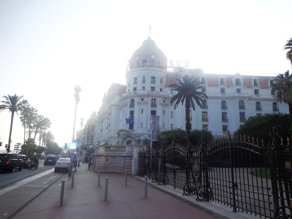 Самый дорогой отель Ниццы