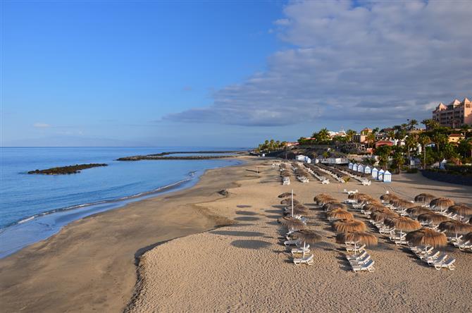 Пляж Эль Дюке (El Duque)