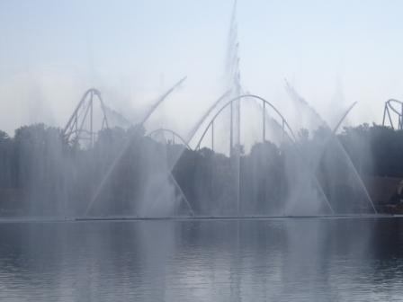 Порт Авентура в Испании - музыкальный фонтан